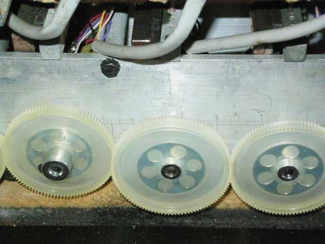 http://www.dairiki.org/hammond/pics/parie/k61-gears.jpg